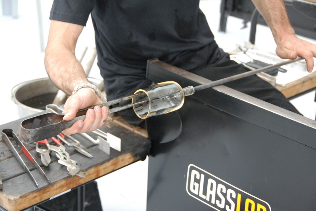 100_GlassLab08