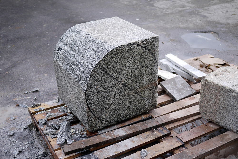 Core_Lamp_Granite_ML_03