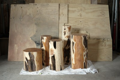 Max_Lamb_Chatsworth_Yew_Logs_01