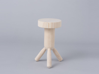 ML_EandY_Tokonoma_Stool_01
